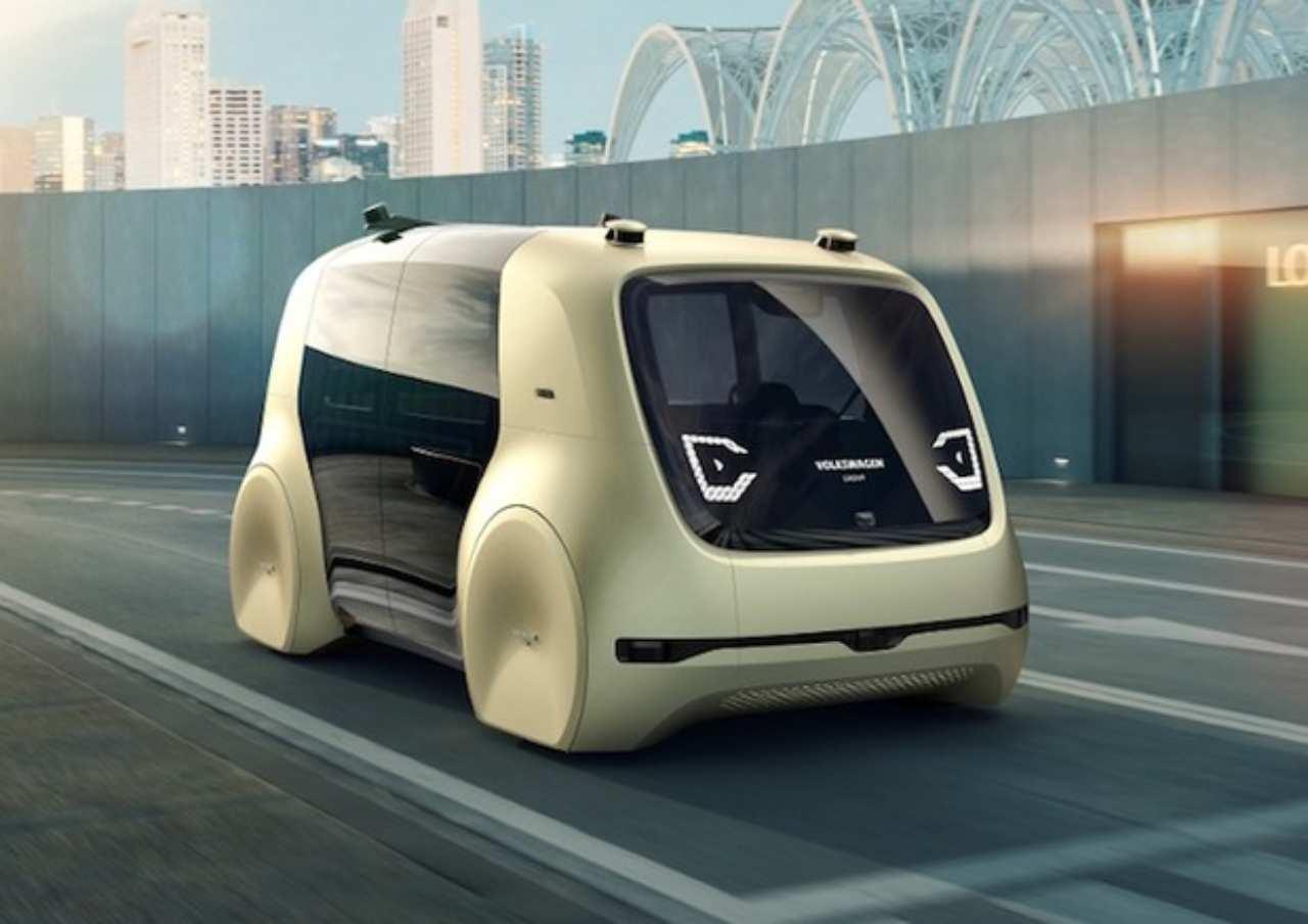 Volkswagen e la guida autonoma (Foto Ansa)