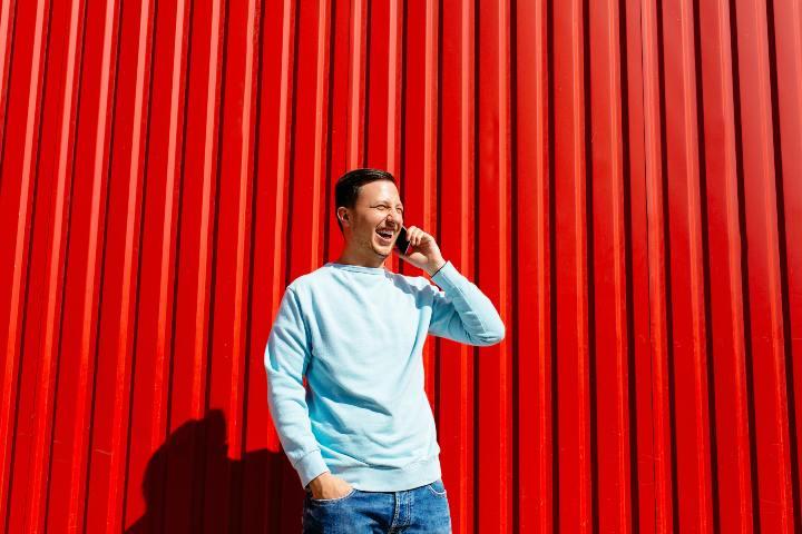 Brutta sorpresa da Vodafone: molti subiranno l'aumento di 1,99 euro, ma chi è a rischio?