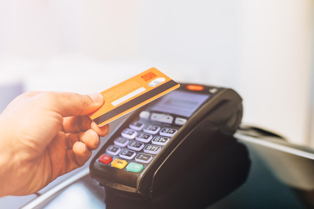 Bonus Bancomat, tutte le nuove agevolazioni (foto Adobestock)