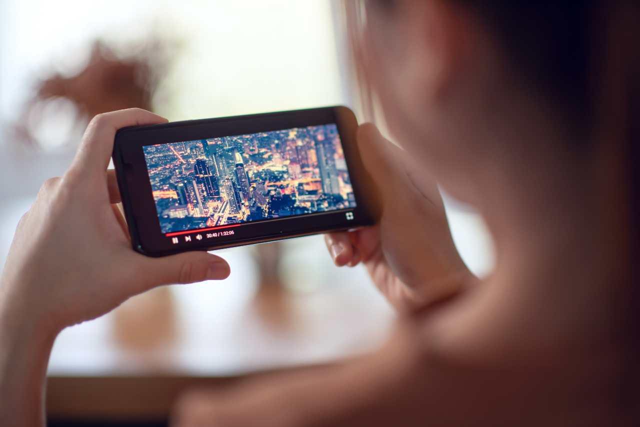 Serie Tv e Giga gratis: le offerte dell'estate (foto Adobestock)