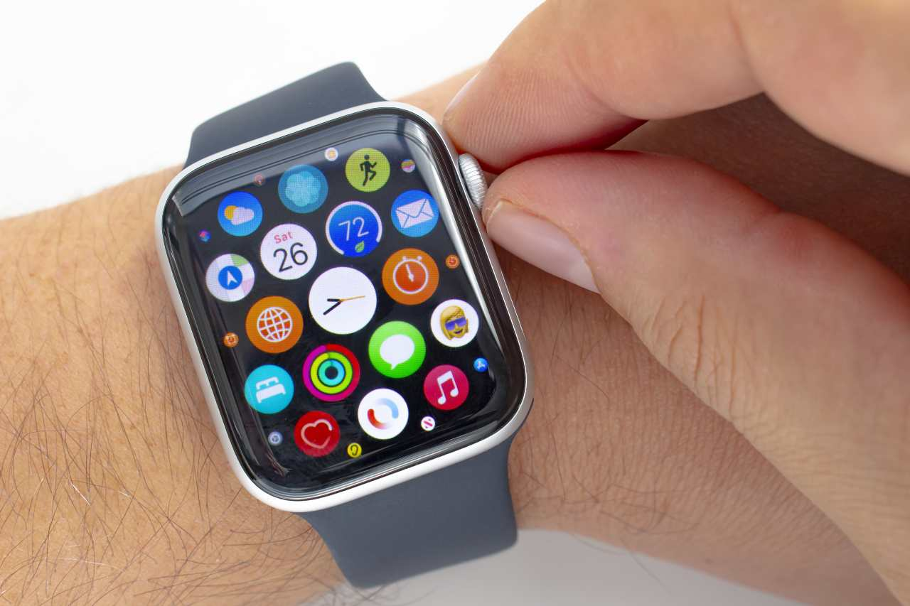 Apple Watch 6 (Adobe Stock)