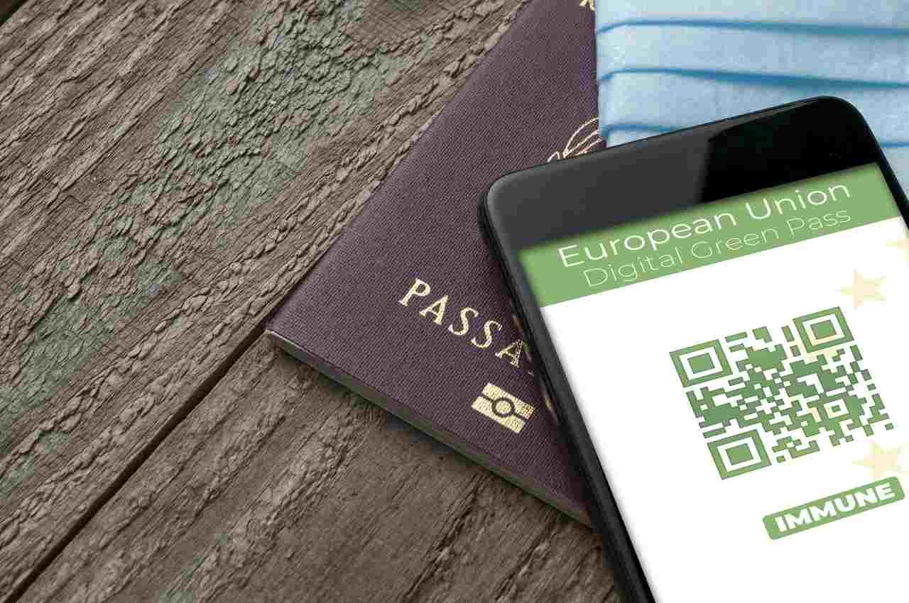 Green Pass (Adobe Stock)