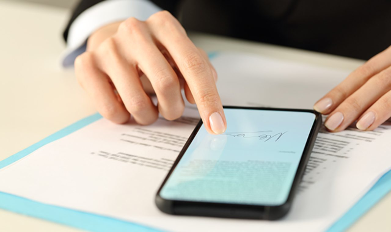 Firma Digitale, tutto quello che c'è da sapere (Foto Axepta)