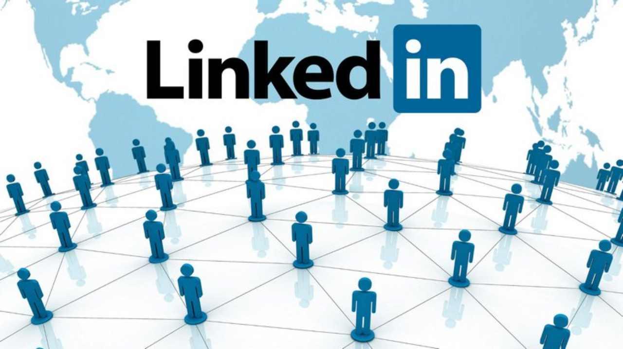 LinkedIn, miliardi di dati rubati
