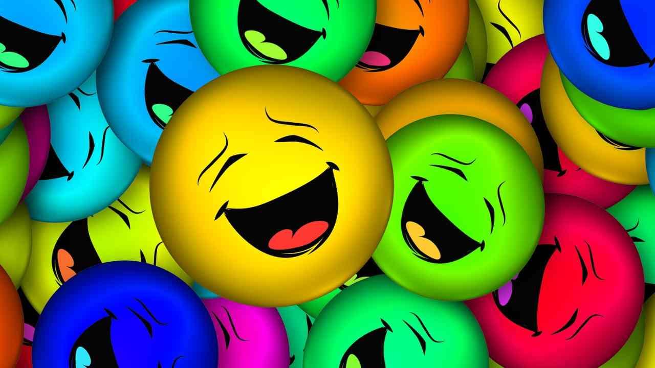 Faccine che ridono