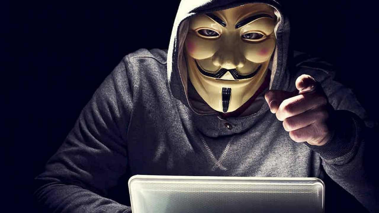 WhatsApp terreno fertile per il Cyber crimine (Foto Aulab)