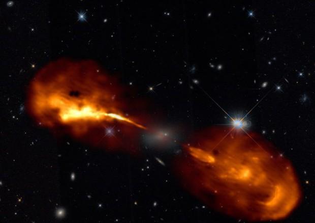 Uno scorcio spettacolare delle galassie