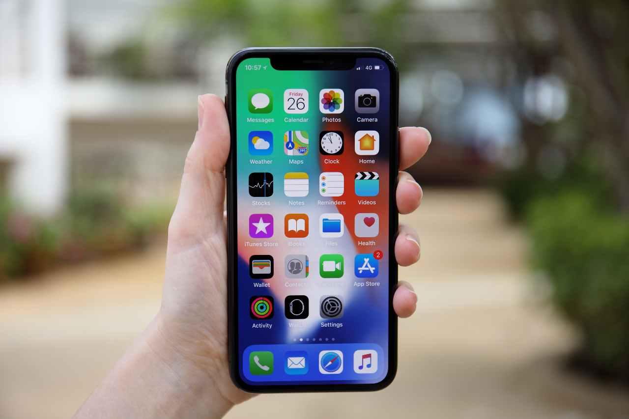 Apple a caccia di materiale pedopornografico su iCloud degli iPhone