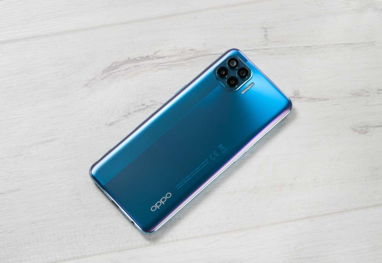 OPPO, il terzo marchio cinese, quinto nel mondo della telefonia (Adobe Stock)