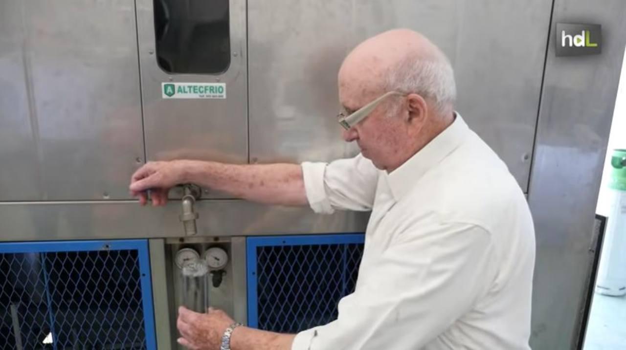 Estrarre acqua dall'aria: metodo rivoluzionario (Foto Youtube)