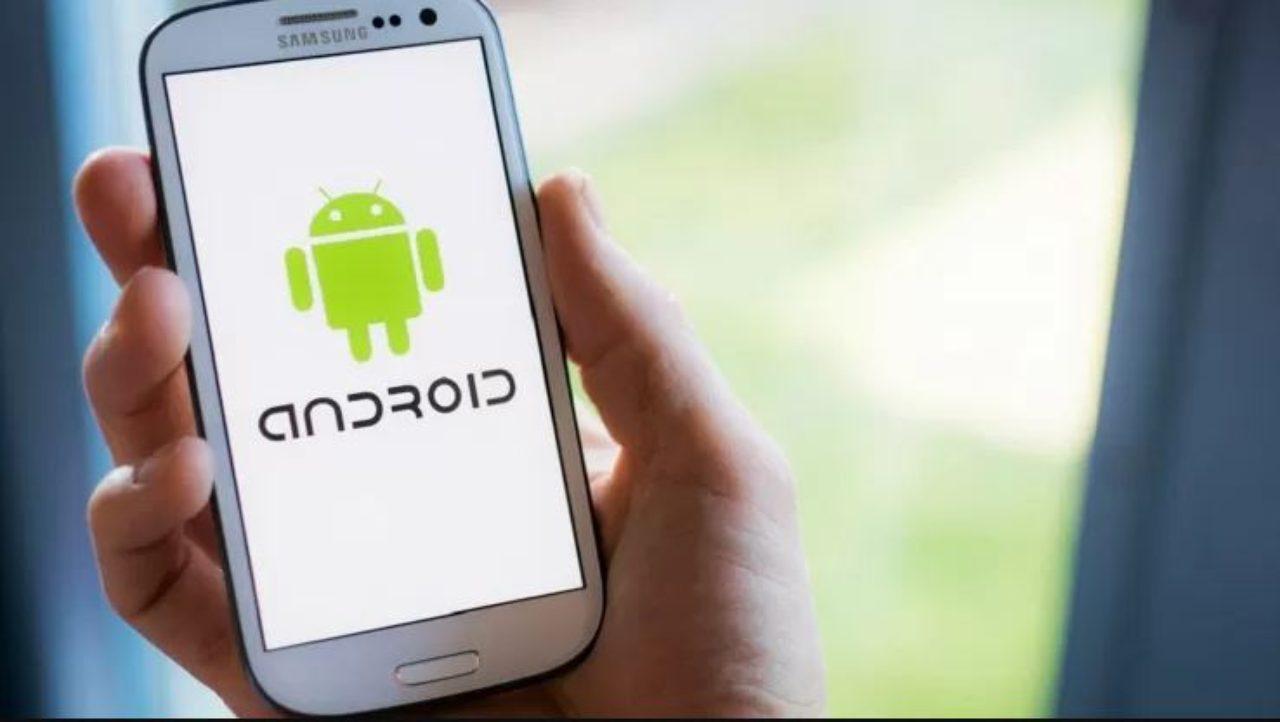 Google dice addio agli smartphone datati (Foto Tecnologia Libero)