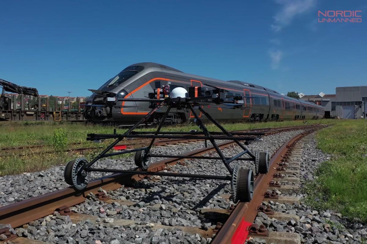 Staaker BG-300 Railway Drone, un drone ad hoc per i trasporti ferroviari (Adobe Stock)