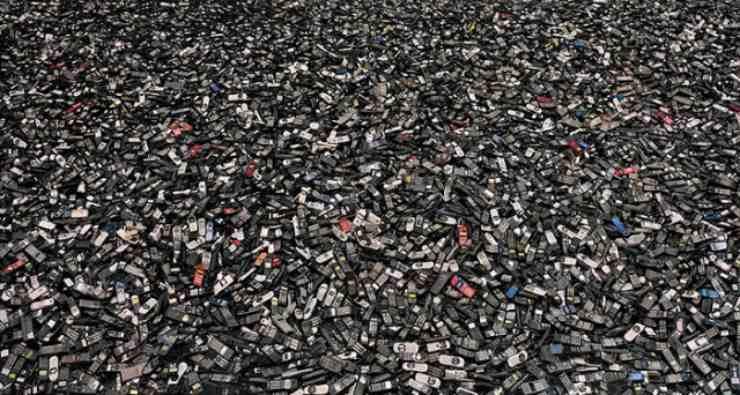 Smaltimento smartphone (Foto Tecnonico)