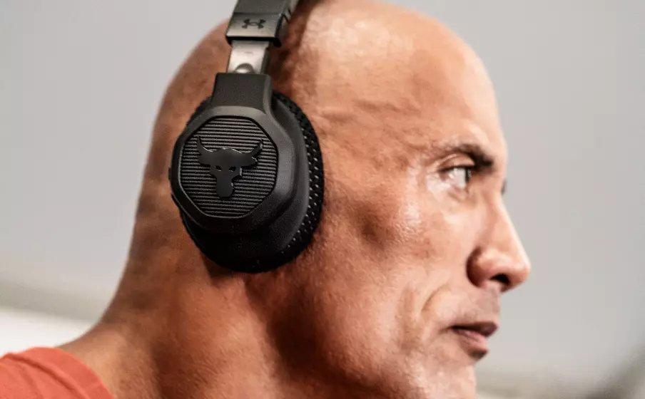 The Rock, un po' wrestler un po' attore (JBL)