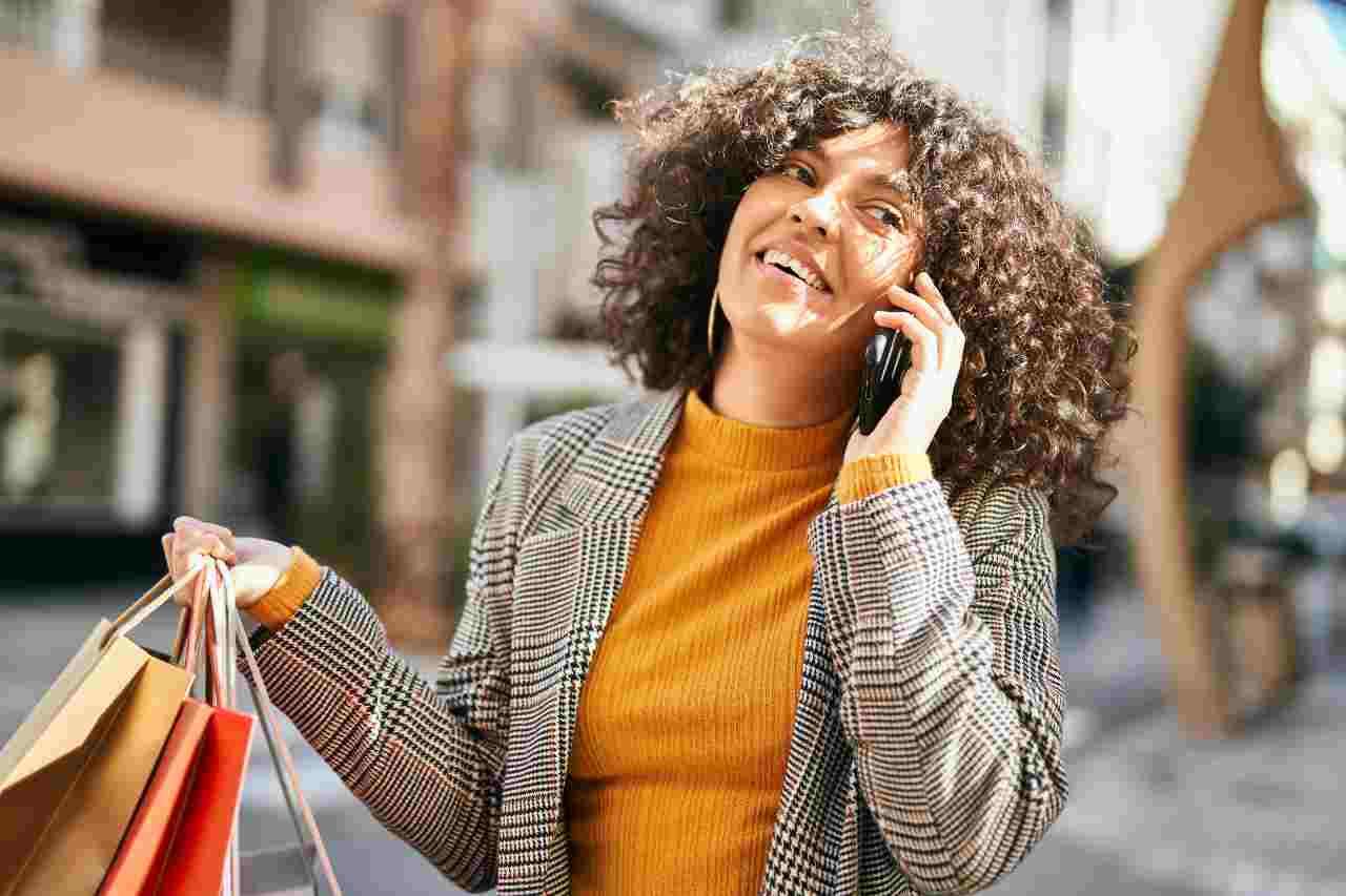 Tariffe telefoniche (foto Adobestock)