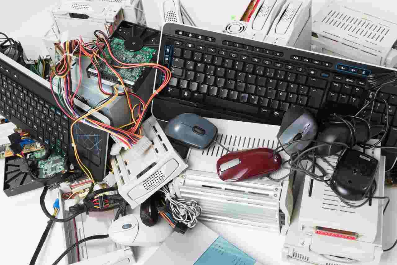 Dispositivi ricondizionati (foto Adobestock)