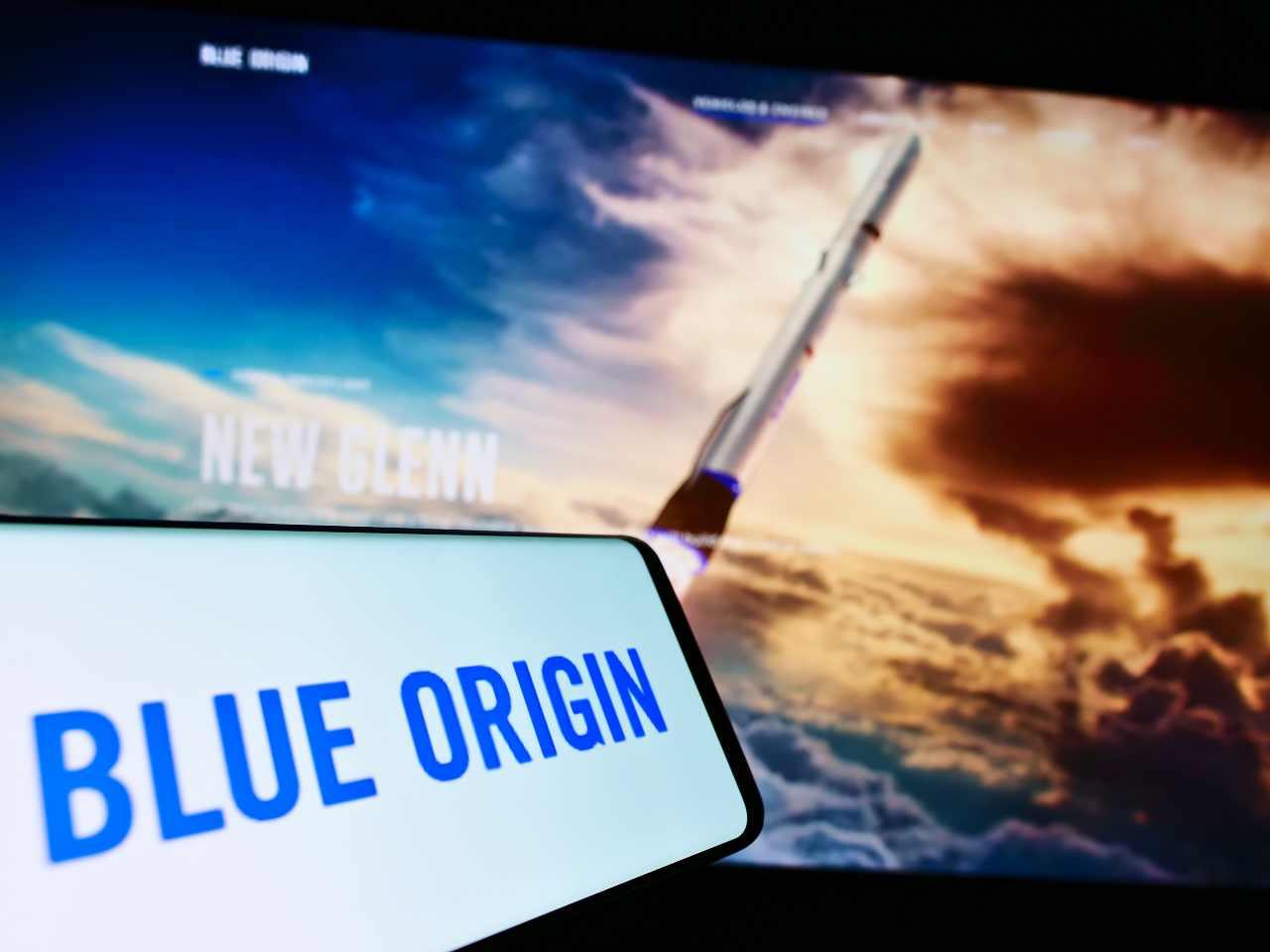 Blue Origin, la compagnia di Jeff Bezos lanciata per il turismo spaziale (Adobe Stock)