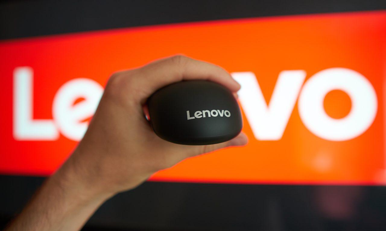 Lenovo, due tablet e le cuffie wireless fra le novità di settembre (Adobe Stock)