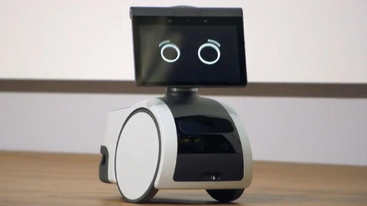 Amazon Robot Astro