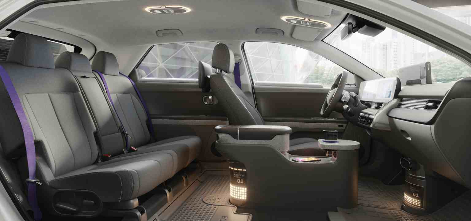 L'interno di un Robotaxi made in Hyundai-Motional (Motional)