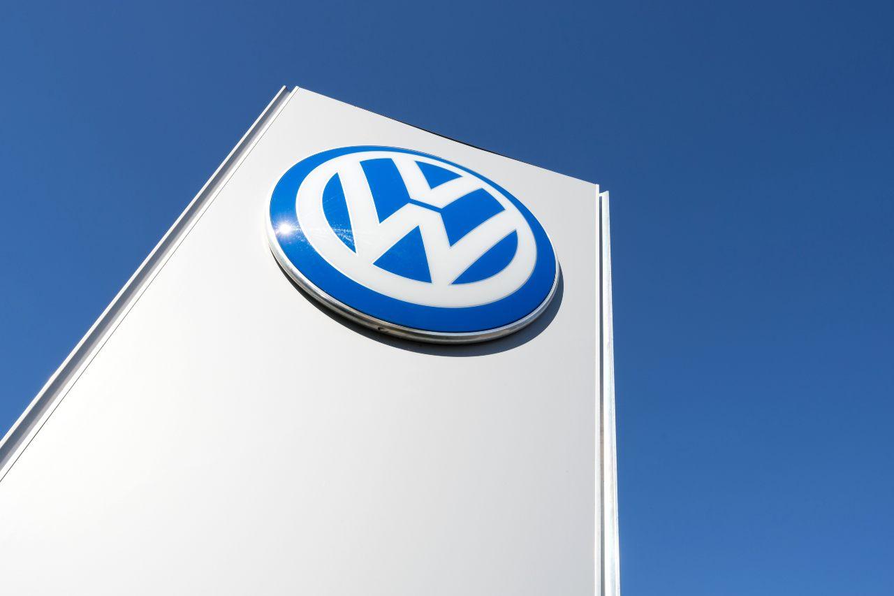 La Vettura del popolo, questa la traduzione di Volkswagen (Adobe Stock)