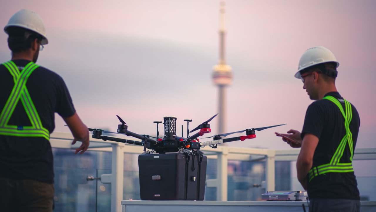 Per la prima volta un drone trasporta degli organi: si apre una nuova possibilità – VIDEO