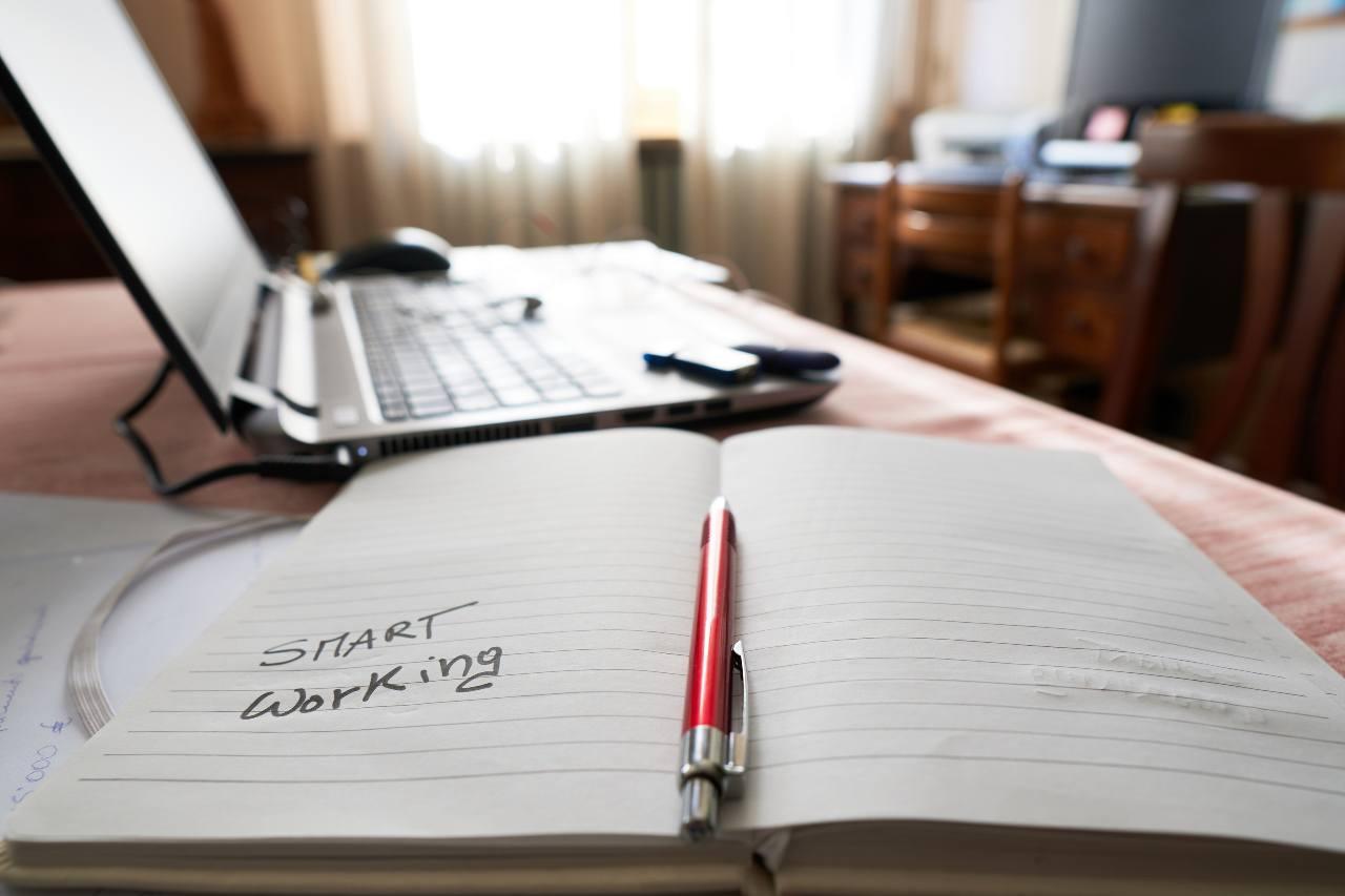 """Smart Working: al via il modello """"3+2"""" dove si mescola ufficio e casa con equilibrio"""