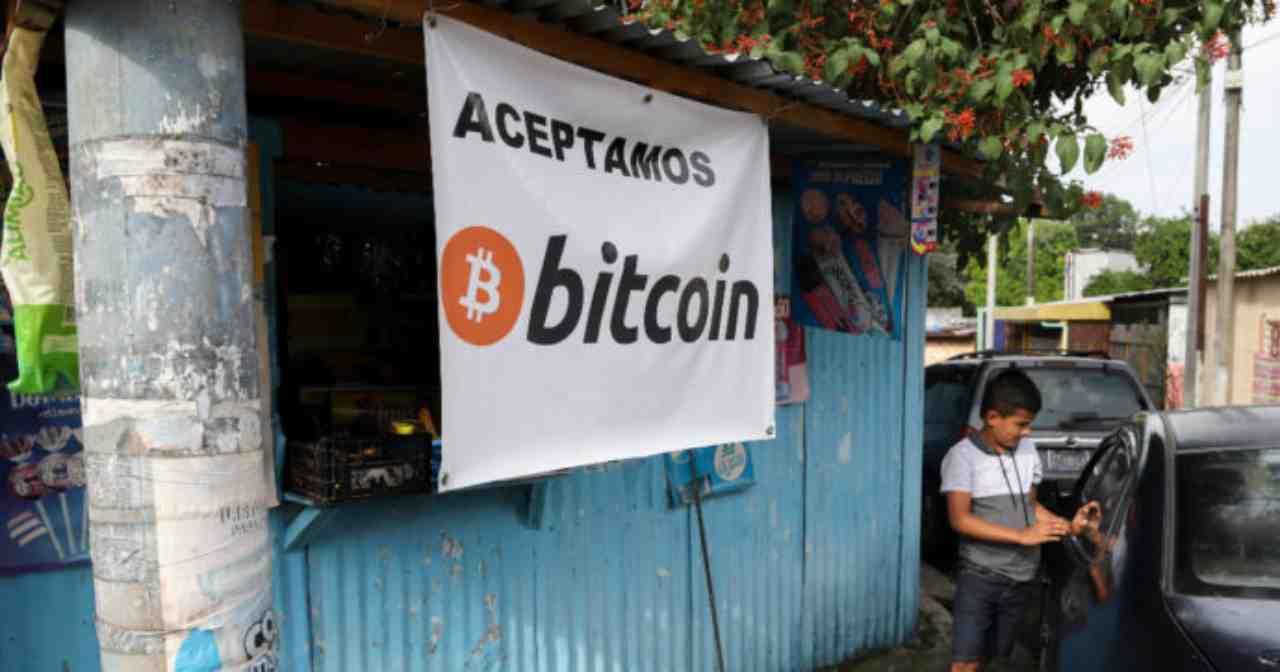 A El Salvador mining bitcoin al via (Foto IlFattoQuotidiano)