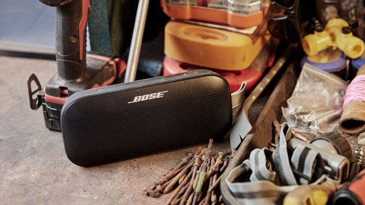Bose lancia SoundLink Flex, uno speaker portatile potentissimo e di design