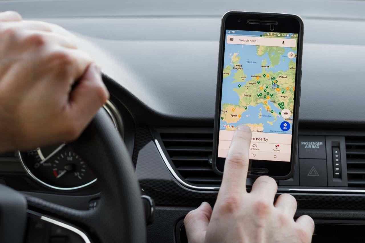 Google Maps, pronta una nuova funzionalità per i ciclisti (Adobe Stock)