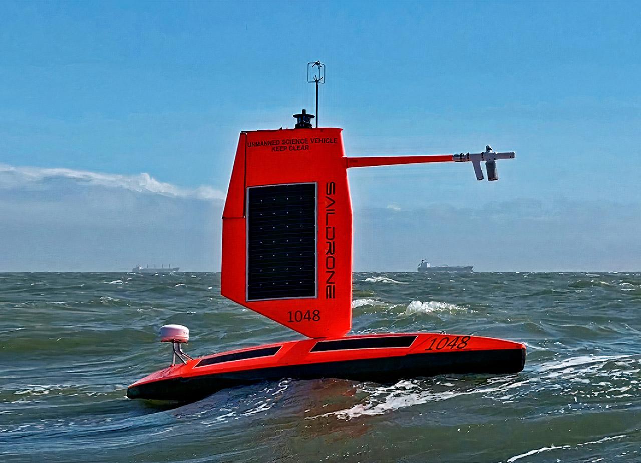 Saildrone, azienda leader mondiale nei veicoli di superficie autonomi per la navigazione oceanica (Saildrone)
