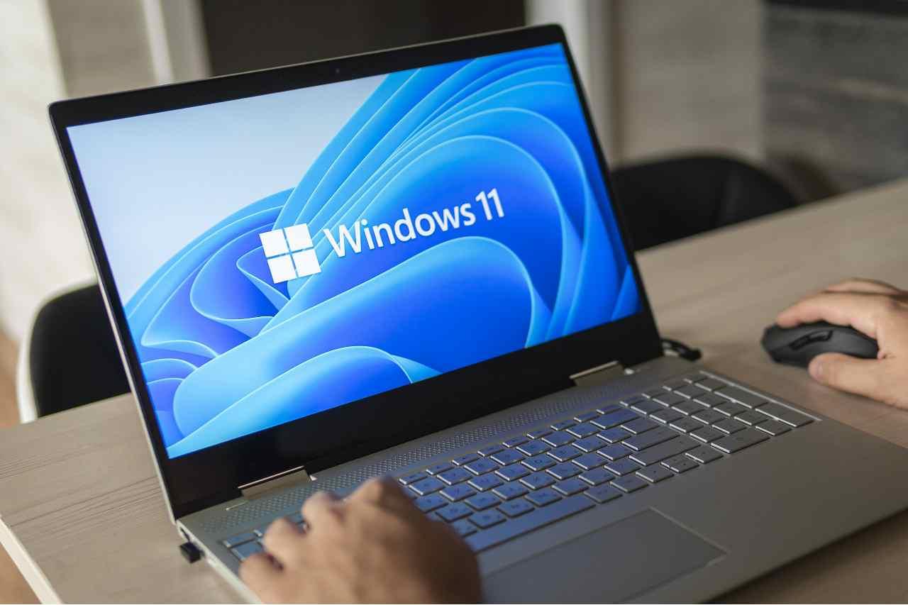 Windiws 11 è disponibile, sia tramite aggiornamento sia tramite download manuale (Adobe Stock)